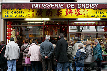 France, Paris, Chinatown, avenue de Choisy, cake shop